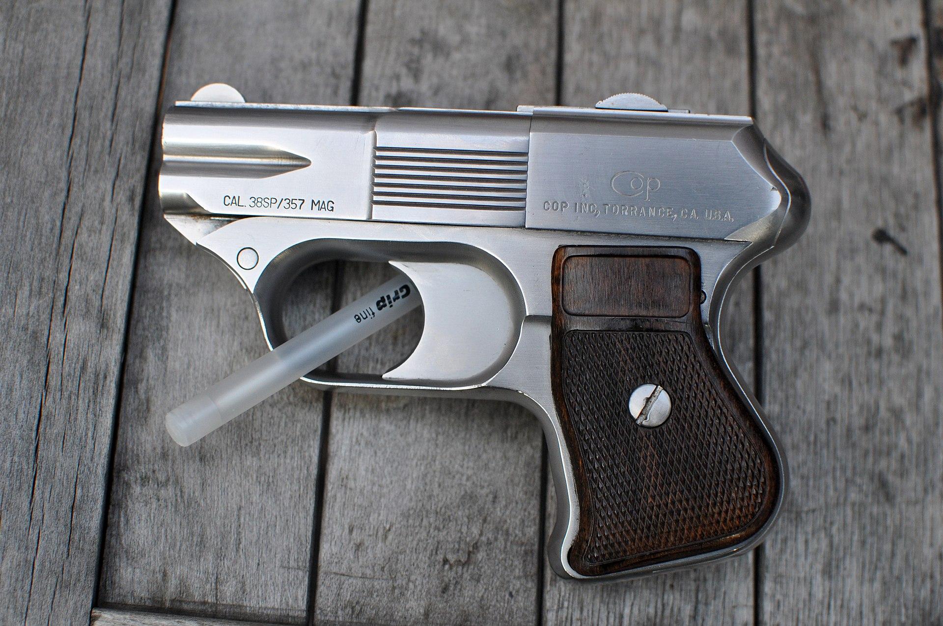 Cop 357 Derringer.jpg