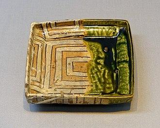 Oribe ware - Cornered bowl, Mino ware, Oribe type, early Edo period, 1600s