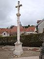 Croix renaissance du cimetière de Verseilles-le-Bas.jpg
