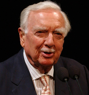 Legendary CBS newsman Walter Cronkite speaks a...
