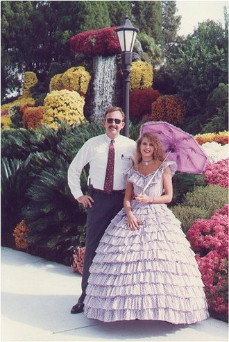 Cypress Gardens - Bill Reynolds and a Southern Belle
