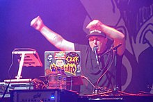 DJ Lethal performing with Limp Bizkit 2019 (Quintin Soloviev).jpg