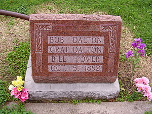 Dalton Gang - Grave of Dalton gang in Coffeyville, Kansas