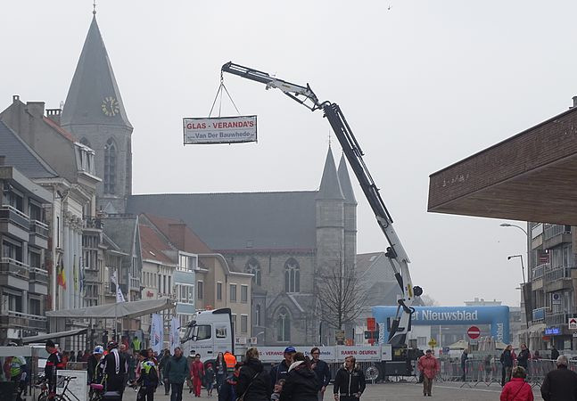 Deinze - Nokere Koerse, 18 maart 2015, vertrek (C57).JPG