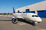 Delta's Airbus A220 (43954684894).jpg