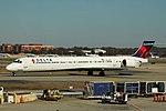 Delta N920DN McDonnell-Douglas MD-90 (29369264583).jpg