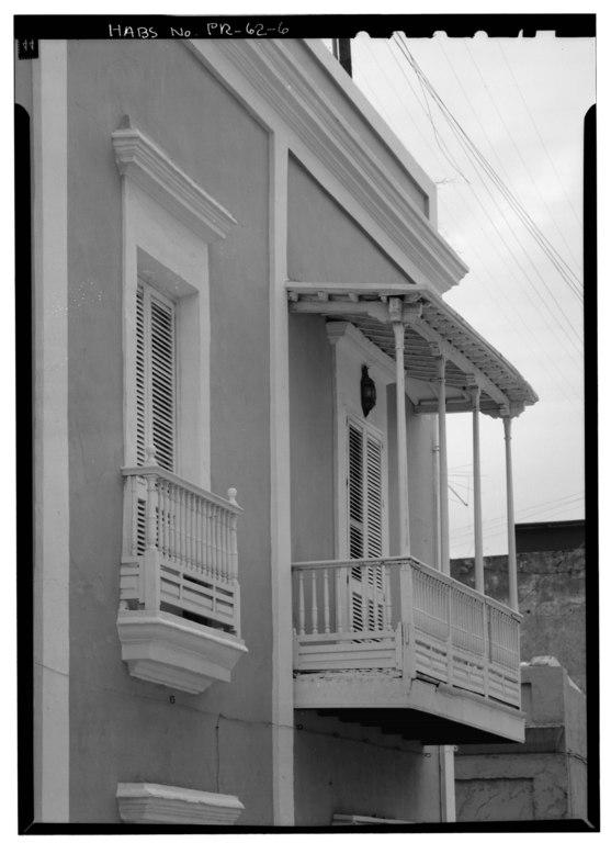 File detail window and cantilevered porch facing on calle - Azulejos san jose ...