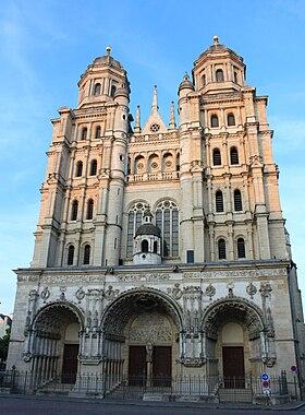 Церковь Сен-Мишель в Дижоне - Достопримечательности Дижона, Франция - что посмотреть, путеводитель