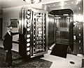 Dollar Bank 4th Avenue, Pittsburgh - new vault.jpg
