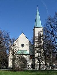 Dom-Pedro-Platz 4 Christuskirche Muenchen-1.jpg