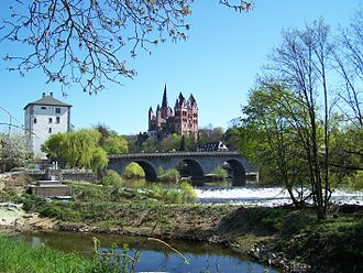 Limburg an der Lahn - Cathedral with the old Lahn bridge