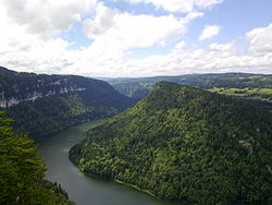 Doubs from Roches de Moron.jpg