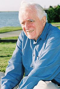 Douglas Engelbart Douglas Engelbart in Redwood City 2006.jpg