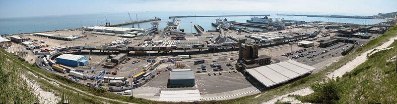 Dover Harbour panorama.jpg
