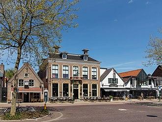 Drachten - Image: Drachten, monumentaal pand aan de Noordkade 52 GM0090 31 foto 4 2015 05 10 13.36