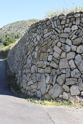 Pinet, Valencia - Dry stone wall in Pinet