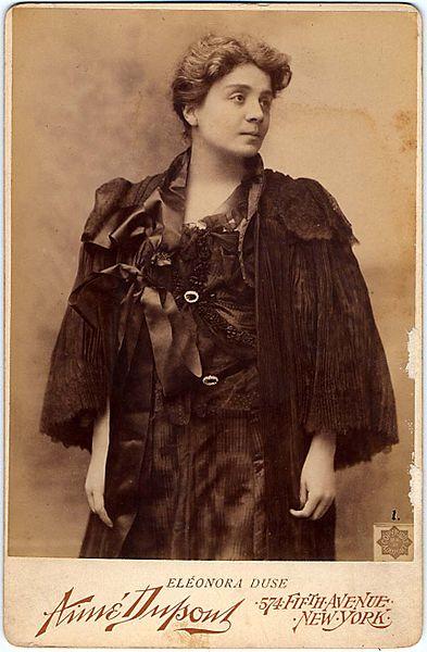 File:Dupont, Aimé (1842-1900) - Eleonora Duse ì -- New York, 1896.jpg