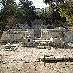 Emmaus Nicopolis basilica.JPG