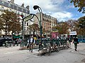 Entrée Station Métro Pasteur Paris 1.jpg