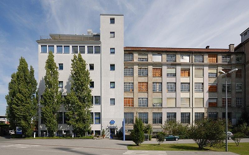 File:Etap-Hotel Nürnberg-City (2009).jpg