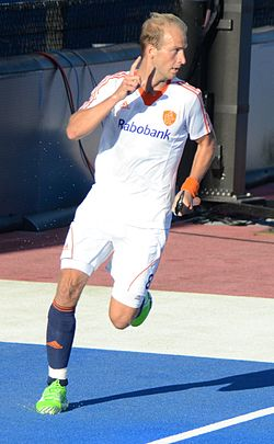 Eurohockey 2015 - Netherlands v Spain (20751934576).jpg