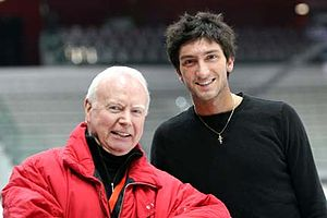 Frank Carroll (figure skater) - Carroll with student Evan Lysacek at the 2007-2008 Grand Prix Final