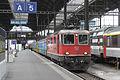 FFS Re 4-4 II 11131 Basel SBB 110412 ICE73 Kiel Hbf-Zuerich HB.jpg