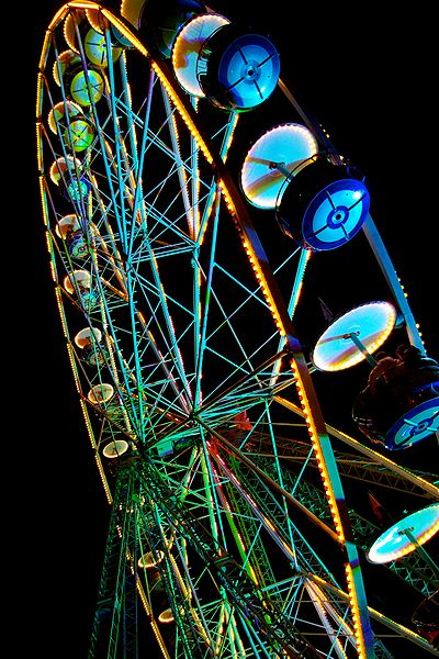 File:Ferris Wheel at night.JPG