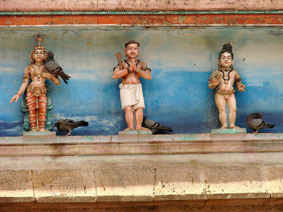 Figures with Pigeons - Ivory Sculpture - Sri Meenakshi-Sundareshwarar Temple - Madurai - India