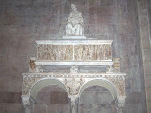 Tino di Camaino - Tomb of Antonio d'Orso, in Santa Maria del Fiore, Florence.