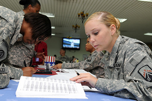 Flickr - The U.S. Army - Soldiers help voters beat state deadlines overseas