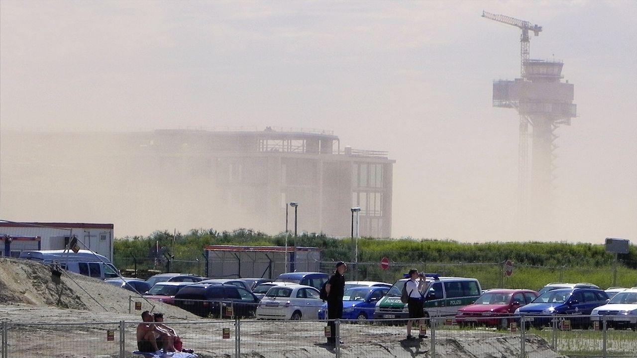 FlughafenBerlinBrandenburg-Baustelle.jpg