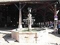 Fontaine de la Halle de La Côte-Saint-André.jpg