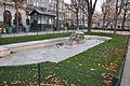 Fontaine des arts et métiers (bassin sud) Paris 3e 001.jpg