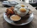 Fried egg sunny side up 2.jpg