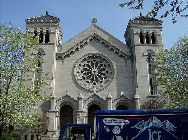 Front of St. Clement Chicago.jpg