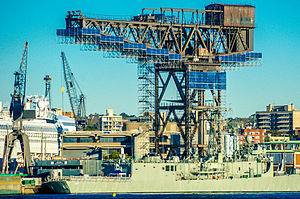 Garden Island, New South Wales - Hammerhead Crane prior to removal