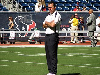 Gary Kubiak - Kubiak coaching the Texans in 2008