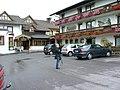 "Gasthof ""Alpenblick"" in Weibhausen - Hintereingang mit Gästehaus - panoramio.jpg"