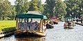 Giethoorn Netherlands Channels-and-houses-of-Giethoorn-05.jpg