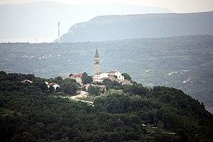 Pićan - Image: Gračišće, view to Pićan