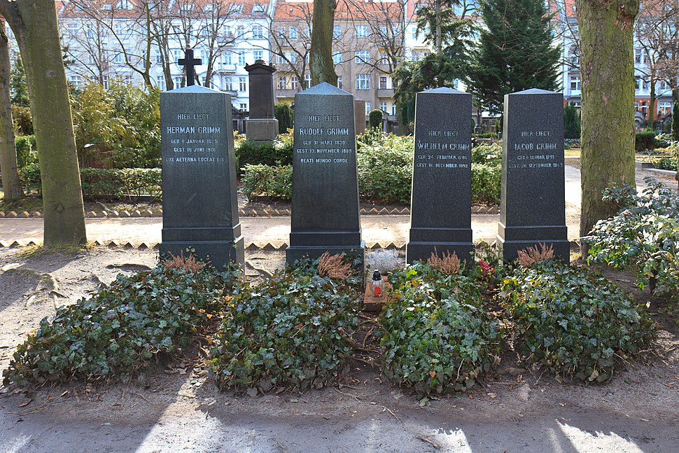 Graves of the Brothers Grimm at Alter St.-Matth%C3%A4us-Kirchhof Berlin 2012