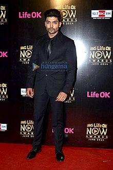 Gurmeet Choudhary at Big Life OK Now Awards 2014.jpg