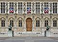 Hôtel de Ville de Paris détail façade.jpg