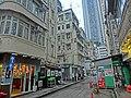 HK 大坑 Tai Hang 安庶庇街 Ormsby Street 施弼街 Shepherd Street 光明台 Illumination Terrace n sidewalk food stall Apr-2014.JPG