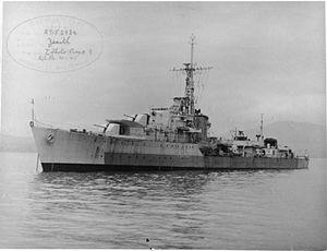 HMS Zenith (R95) - HMS Zenith 1944 IWM FL 9282