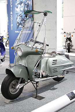 HONDA JUNO K 1954 in Honda Collection Hall.JPG