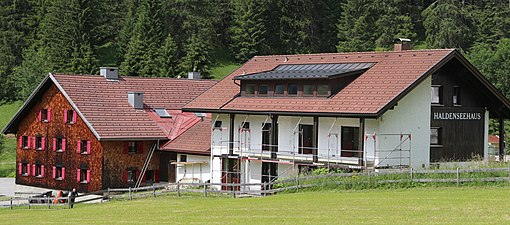 Haldenseehaus 01.jpg