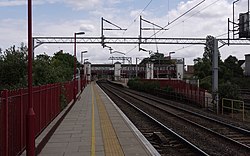 Harrow and Wealdstone station MMB 15.jpg