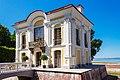 Hermitage pavilion in peterhof 01.jpg